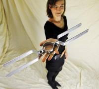 Schilderhalter / Rohrschelle f. Rohrdurchmesser ca. 60 mm, Lochabstand 500 mm f. 2 Schilder